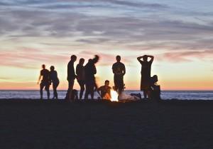 campfire-beach